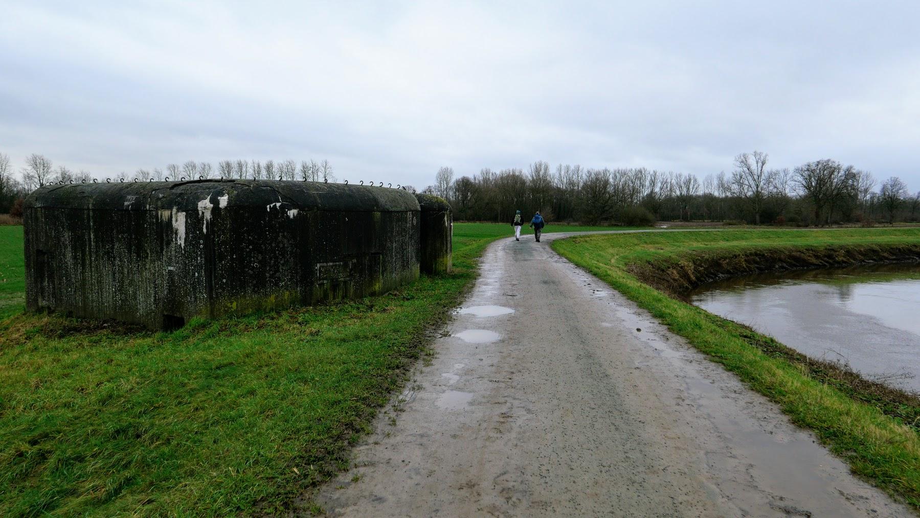 bunker, overblijfsel van KW-linie uit de 2de wereldoorlog (liep van Koningshooikt tot Waver)